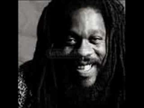 Dennis Brown - Silhouettes mp3