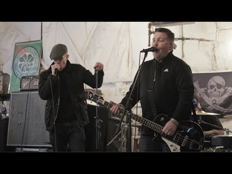 A Day in the Life of Ken Casey of the Dropkick Murphys | #GRINDITOUT