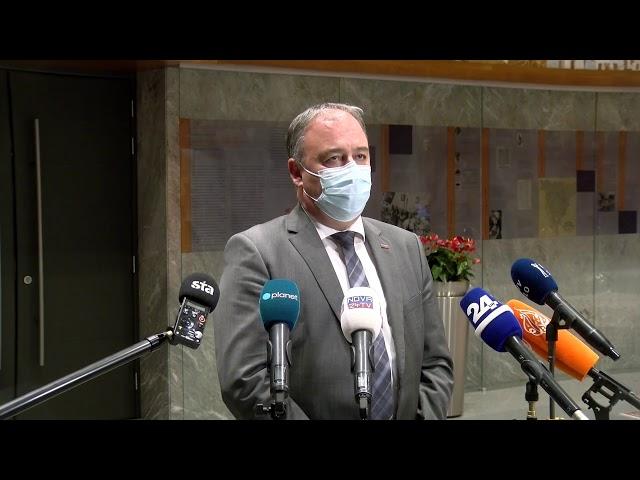 (V ŽIVO) Izjave v DZ pred glasovanjem o razrešitvi predsednika DZ Igorja Zorčiča