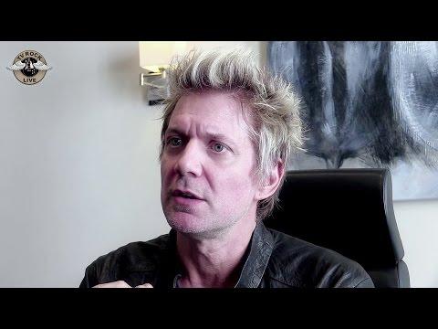 Sixx: A.M. - Interview James Michael - Paris 2014 [HD] - TV Rock Live -  Traduction en Français