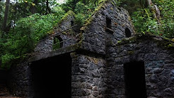 Abandoned WITCH HOUSE in the Portland Woods!