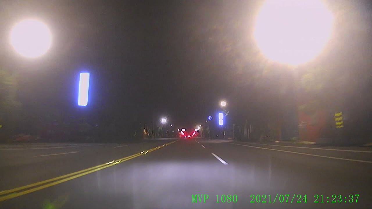 TDK-1836計程車蓄意開遠燈刺眼