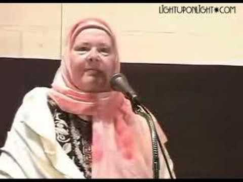Former Atheist Converts to Islam (1 of 2)