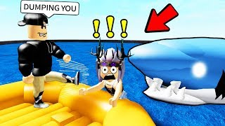 Tomé a mi esposa SWIMMING CON SHARKS.. (Roblox)