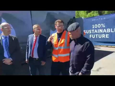 LUT's honorary doctor, mythbuster Jamie Hyneman opening the Soletair pilot plant - Facebook LIVE