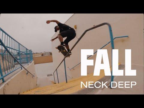 Смотреть клип Neck Deep - Fall