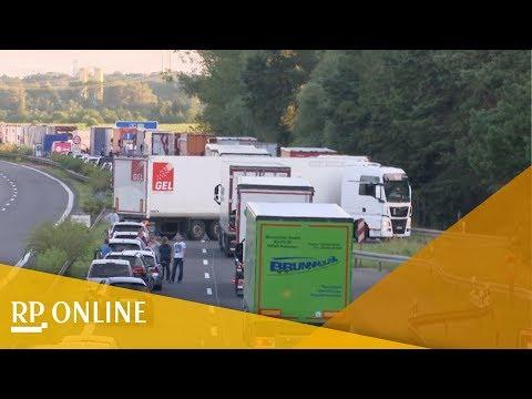 A10 bei Brandenburg: Wut im Netz über Falschfahrer in Rettungsgasse