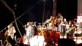 Earth Wind and Fire - Devotion (live)