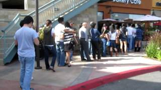 85 degrees bakery crazy long line
