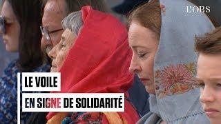 Les Néo-Zélandaises portent le voile en solidarité aux victimes des attentats de Christchurch