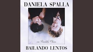 Play Bailando Lentos