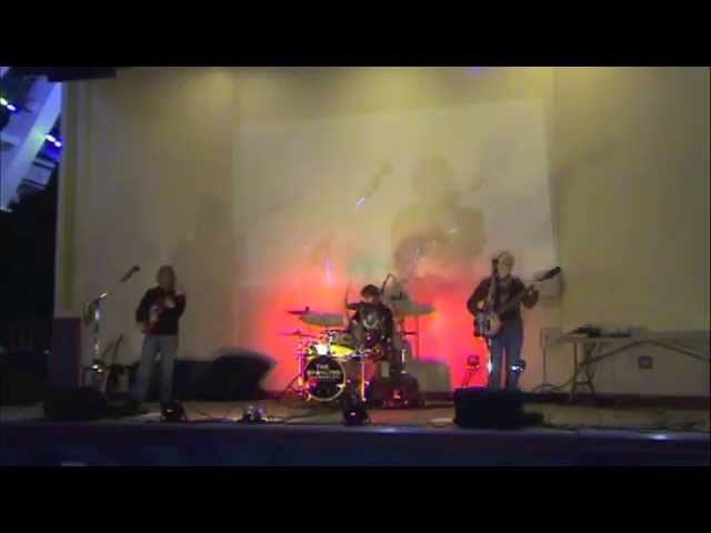 "The Staylyns ""Relax Jack"" Live at The Pleasure Pier, Galveston Island, Texas, 11.1.14"
