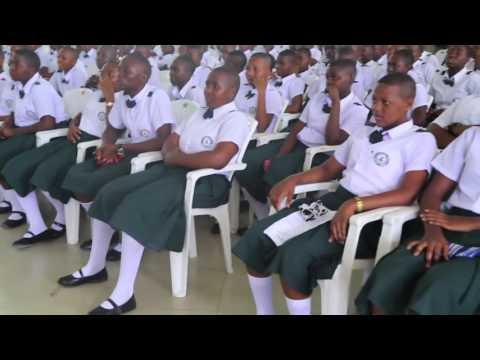 Paul Makonda: Mahafali ya 32 Kidato cha nne Shule ya Sekondari Jitegemee
