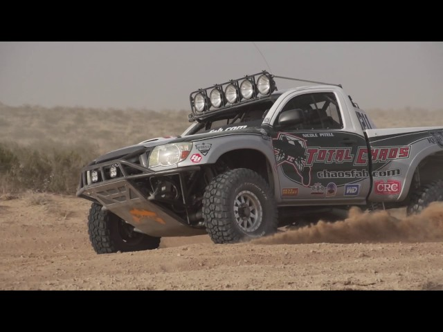 Total Chaos Long Travel Toyota Tacoma at the 2017 Mint 400
