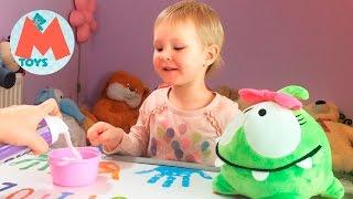 ❤ Відео для Дітей Як Мама з донькою готує їжу для іграшки Ам Ням