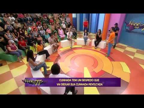 Cunhada Usa Flores De Cemitério Para Trazer Más Energias - TV 21/04/2014