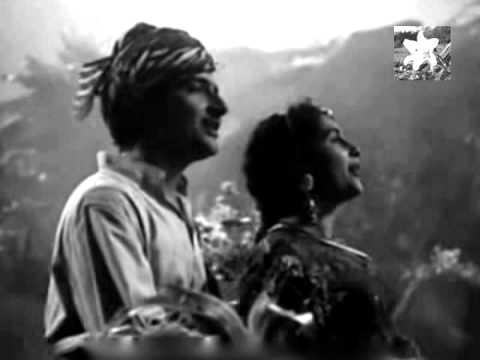 ZARA  MUD KE TO  DEKHO  -  LATA JI  & TALAT MEHMOOD -RAJINDER KRISHAN-C RAMCHANDRA ( MEENAR 1954)
