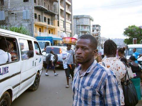 Abgeschoben - Wie Mamadou in Sierra Leone ein neues Leben beginnt