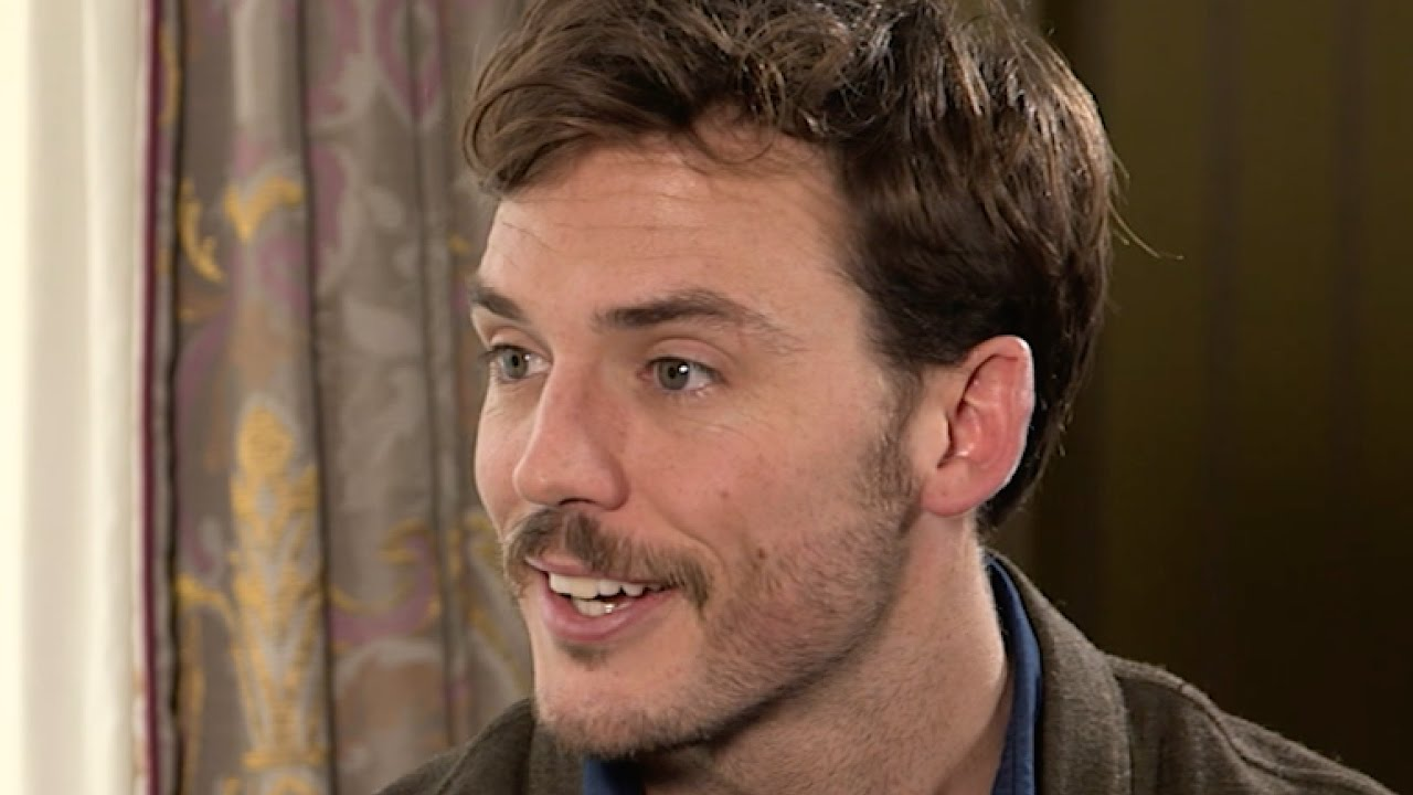 Sam Claflin on why Jurassic Park Made him Fall in Love with Film.