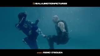 a flying jatt vs raka underwater fight