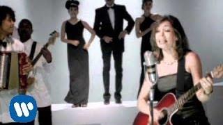 Amparo Sandino - Gozate La Vida (video clip)
