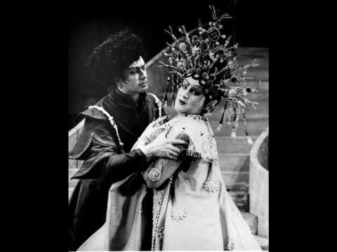 Birgit Nilsson and Franco Corelli spit their vocal cords out in Turandot