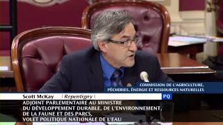 Le passage de la CoVO à la commission parlementaire sur l
