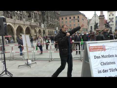 BPE Kundgebung in München am 22.04.2017 zum Armenier-Genozid Michael Stürzenberger diskutiert 1(2)