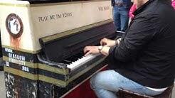 Piano jam in Glasgow city centre