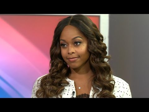 Singer Chrisette Michele defends inaugural ball performance