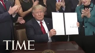 2017-10-12-16-41.President-Trump-Signs-An-Executive-Order-To-Promote-Healthcare-Choice-And-Competition-TIME
