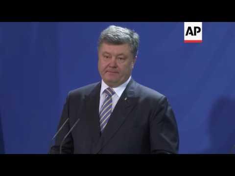 Poroshenko: Russians not abiding by Minsk ceasefire