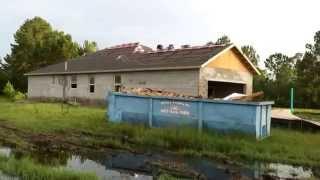 Строительство дома во Флориде ч 3 КРЫША самоПРИЛИПАЙКА+голос АЛЛИГАТОРА