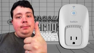 Pulling out my WeMo - Belkin WeMo Switch 2-Pack - Home Automation X10 Alternative