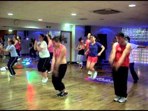 Shakira  LOCA dance class routine