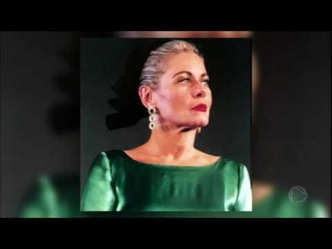 Após dois dias internada, a atriz Vera Fischer recebe alta