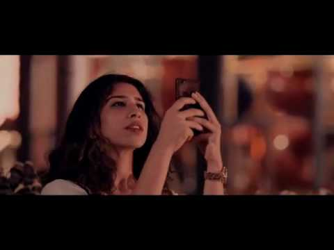 Mahira Khan and LSA 2016 Billboard