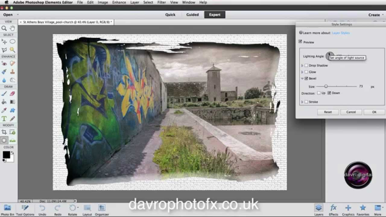 Using The Cookie Cutter To Create A Border In Photoshop
