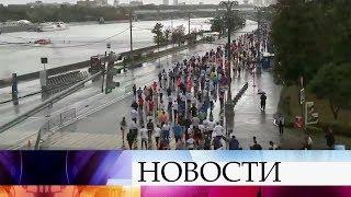Московский марафон собрал десятки тысяч участников.