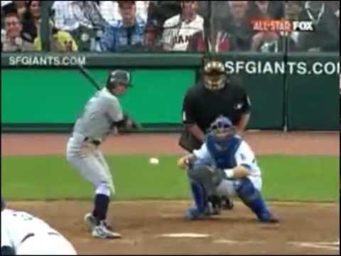 Ichiro inside the park home run 2007 All star game - YouTube