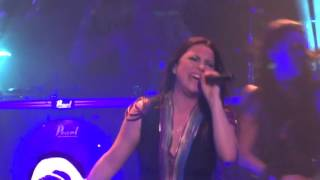 "Evanescence - ""Never Go Back"" (Live in Los Angeles 11-17-15)"