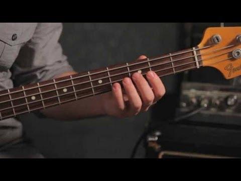 how-to-play-an-f-minor-triad-|-bass-guitar