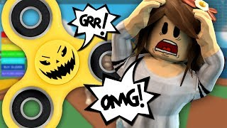 GETTING ATTACKED BY A FIDGET SPINNER IN ROBLOX!