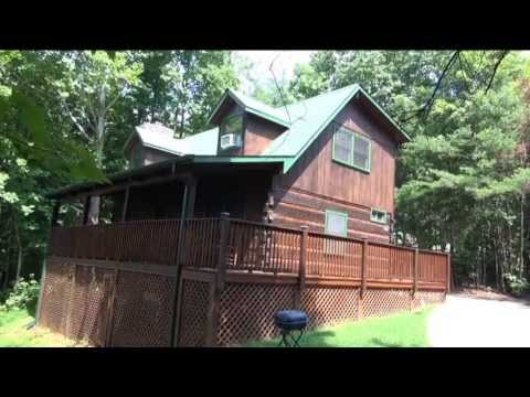 rentals gatlinburg exterior cabins cabin s of bedroom wolfs in wolf den mountain four log a
