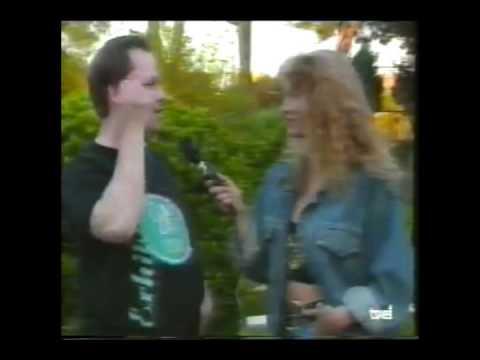 Pixies.- Black Francis hablando español / speaking spanish (TVE 1991)