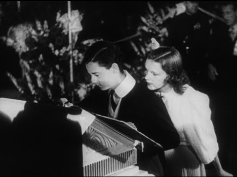 """Hollywood Goes To Town"" - Judy Garland, Norma Shearer, Freddie Bartholomew"