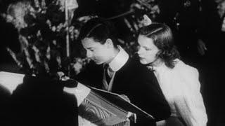 """hollywood Goes To Town"" - Judy Garland, Norma Shearer, Freddie Bartholomew"