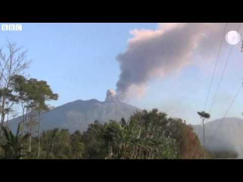 Indonesia volcano spews ash cloud over Bali
