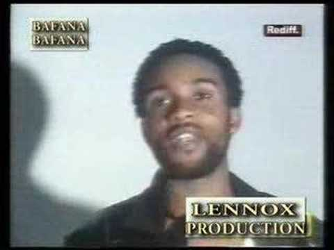 Fally IPupa vs Manda Chante (1on1) Quartier Latin Beef