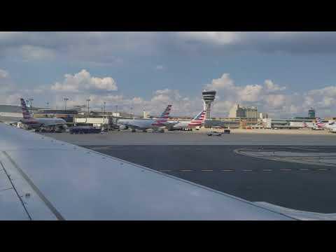 Southwest Airlines landing at Philadelphia International Airport